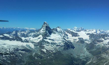 Flug zum Matterhorn und Locarno